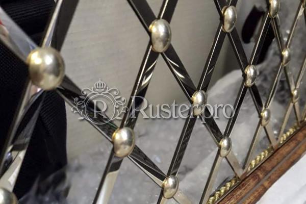 Решетка из полированной латуни с узором Английский Ампир