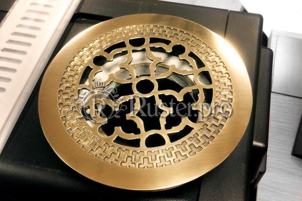 Круглая решетка из полированной латуни с узором Majestic