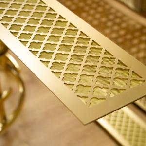 Декоративная решетка из латуни с орнаментом в столешницу для радиатора