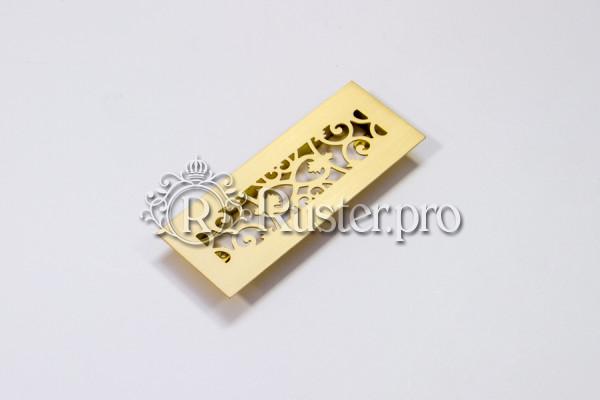 Маленькая декоративная вентиляционная решетка из шлифованной латуни