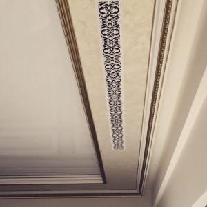 Длинный аксессуар в потолок с узором Листья дуба