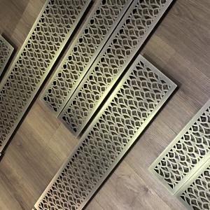 Вентиляционная решетка из шлифованной латуни со старением