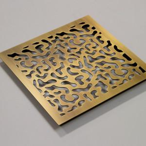 Элитное изделие из латуни квадратной формы