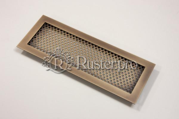 Дверная решетка из латуни с затертостью и скрытым крепежом